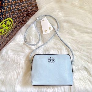 Tory Burch Bags - Tory Burch Taylor Seltzer Leather Camera Bag